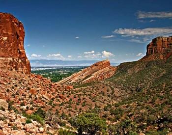 Colorado National Monument by NPS.gov